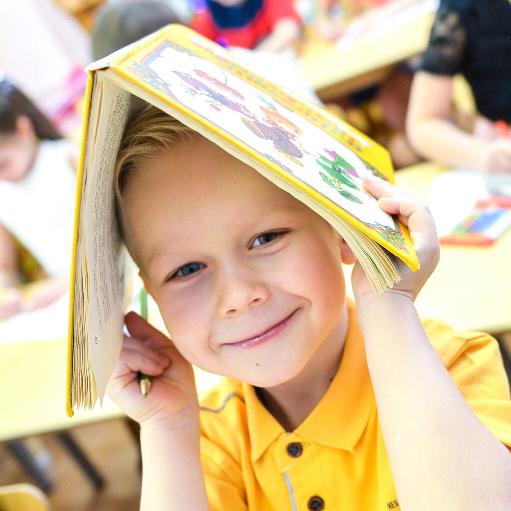 Портрет для выпускного альбома детский сад
