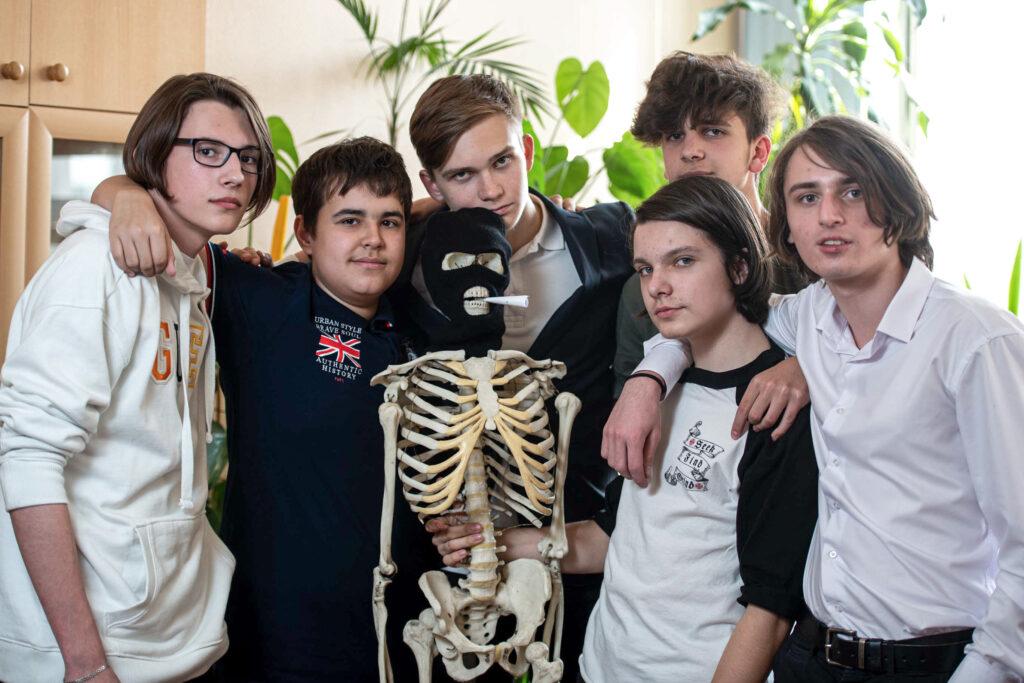 Групповой снимок для выпускного альбома девятый класс